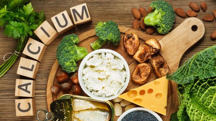 سبزیجات غنی از کلسیم که باید در برنامهی غذایی خود جای دهید