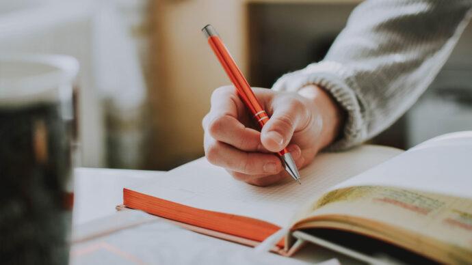 برای توسعهی فردی شروع به نوشتن کنید